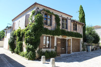 French property, houses and homes for sale in Pujols Lot-et-Garonne Aquitaine