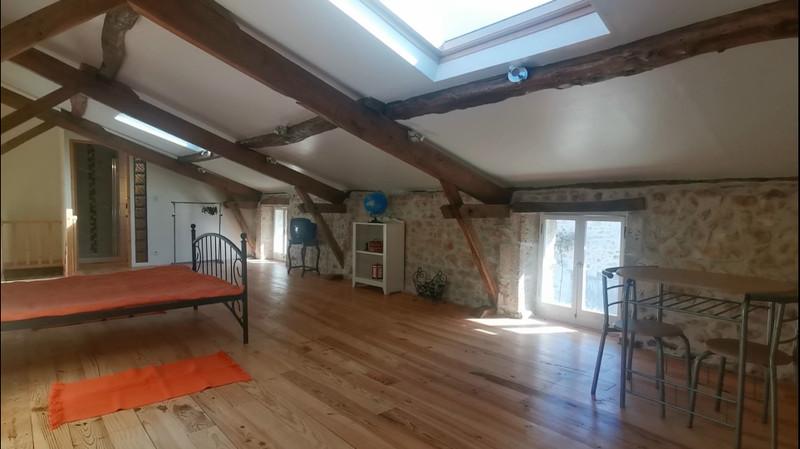 French property for sale in Javerlhac-et-la-Chapelle-Saint-Robert, Dordogne - €152,200 - photo 3