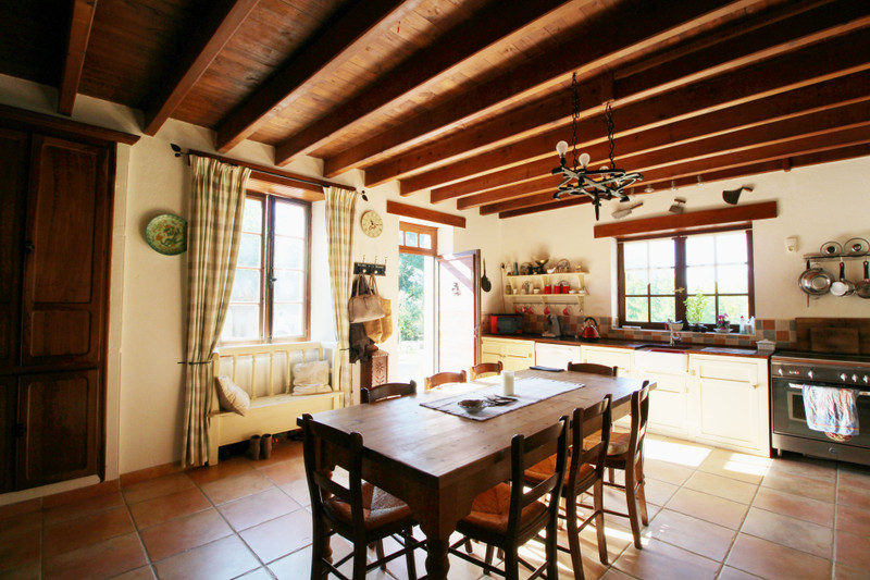 French property for sale in Néré, Charente Maritime - €225,000 - photo 3