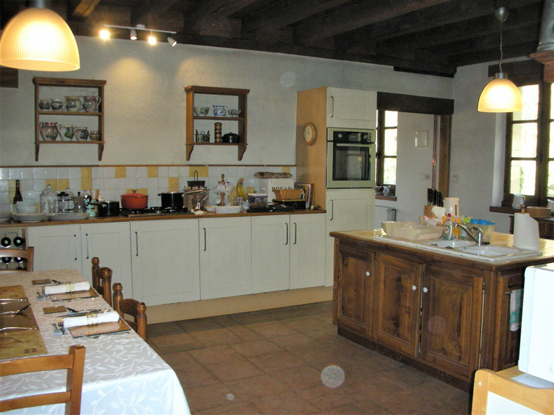 French property for sale in Lanouaille, Dordogne - €424,000 - photo 3