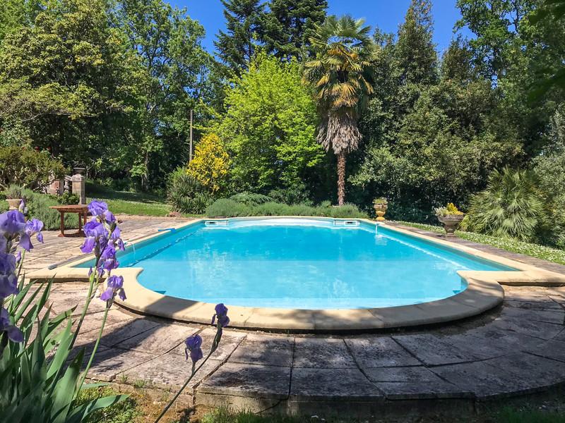 Chateau à vendre à Coutras, Gironde - 689 000 € - photo 3