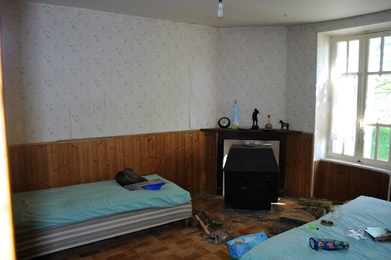 French property for sale in Saint-Martial-sur-Isop, Haute Vienne - €29,000 - photo 7