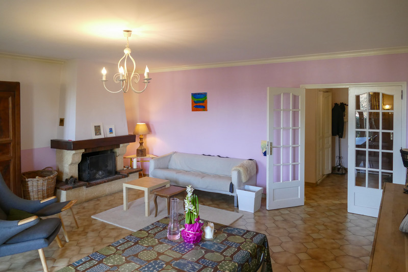 French property for sale in Bourbon-l'Archambault, Allier - €207,675 - photo 10