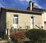 maison à vendre à Oradour-Fanais, Charente, Poitou_Charentes, avec Leggett Immobilier