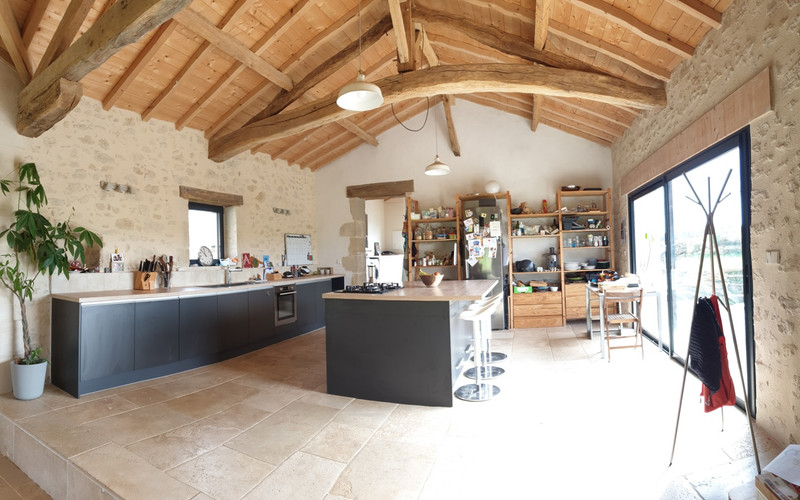 French property for sale in Ruch, Gironde - €371,000 - photo 6