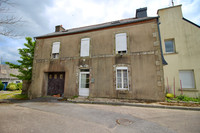 French property, houses and homes for sale in Saint-Goazec Finistère Brittany