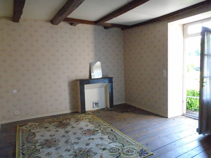 French property for sale in Mauprévoir, Vienne - €37,600 - photo 7