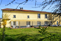 French property, houses and homes for sale inLussacCharente Poitou_Charentes