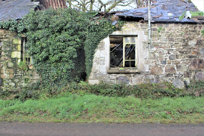 French property for sale in Calanhel, Cotes d Armor - €26,000 - photo 2