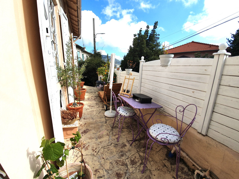 French property for sale in Nice, Alpes-Maritimes - €598,500 - photo 9