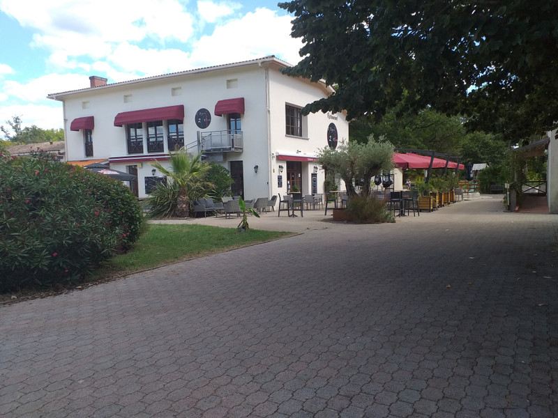 French property for sale in Salles, Gironde - €275,600 - photo 10