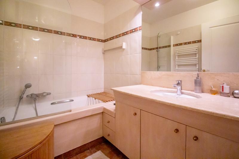 Appartement à vendre à Paris 15e Arrondissement, Paris - 880 000 € - photo 7