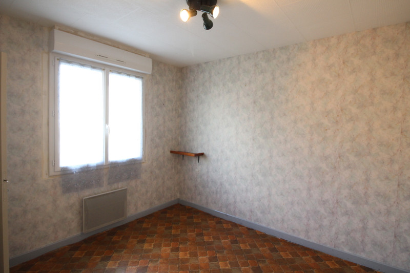 French property for sale in Saint-Aignan-sur-Roë, Mayenne - €125,350 - photo 8