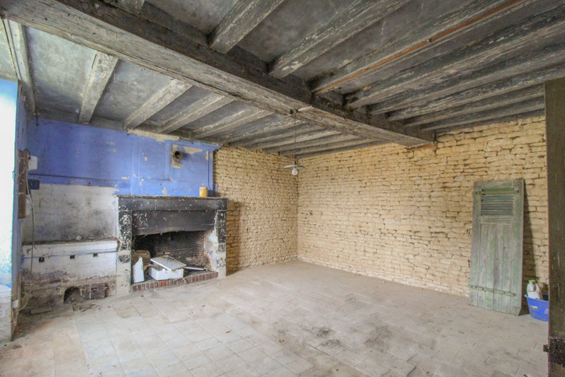 French property for sale in Monts-sur-Guesnes, Vienne - €66,000 - photo 7