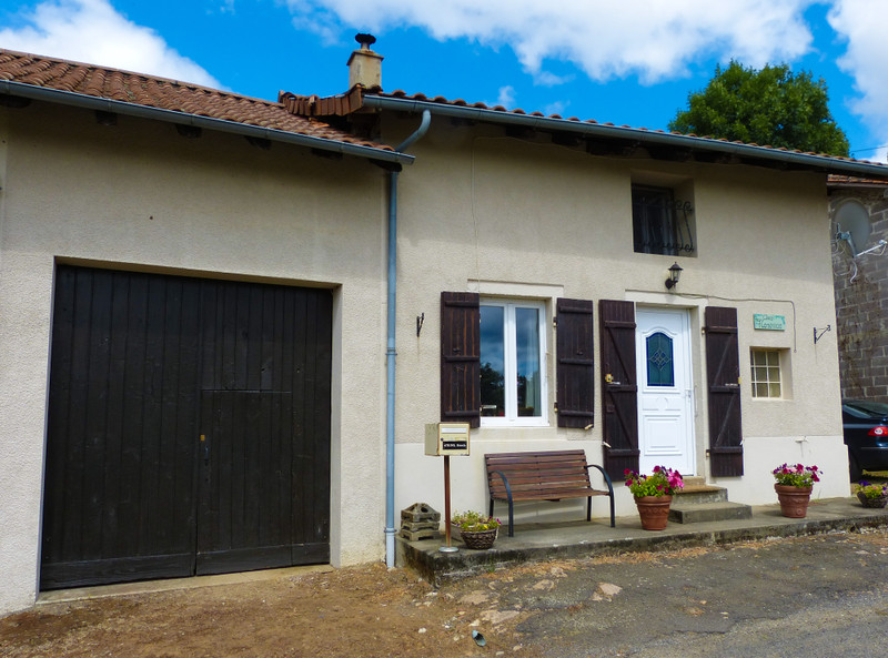 French property for sale in Étagnac, Charente - €199,000 - photo 9