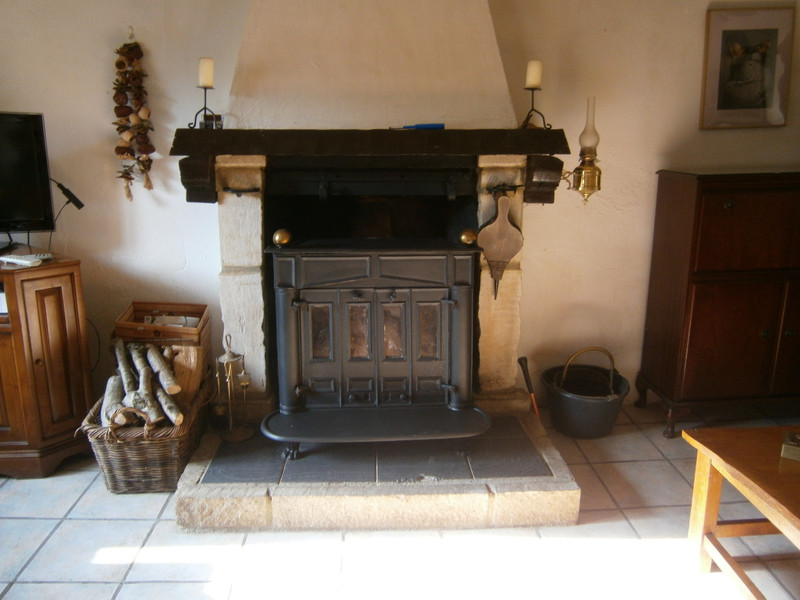 French property for sale in Plourac'h, Côtes-d'Armor - €162,410 - photo 6