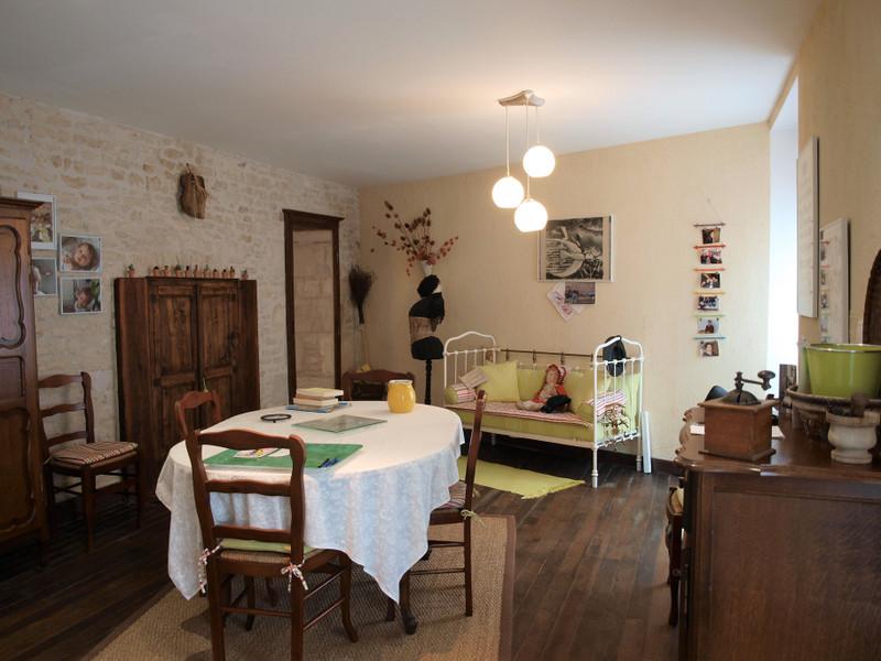Maison à vendre à Valence-en-Poitou, Vienne - 137 340 € - photo 6