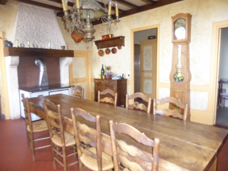 French property for sale in Saint-Gérand-le-Puy, Allier - €595,000 - photo 3