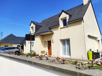 French property, houses and homes for sale in Plancoët Côtes-d'Armor Brittany