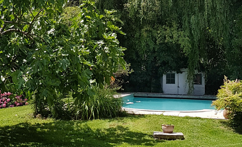 French property for sale in Floirac, Gironde - €2,205,000 - photo 10