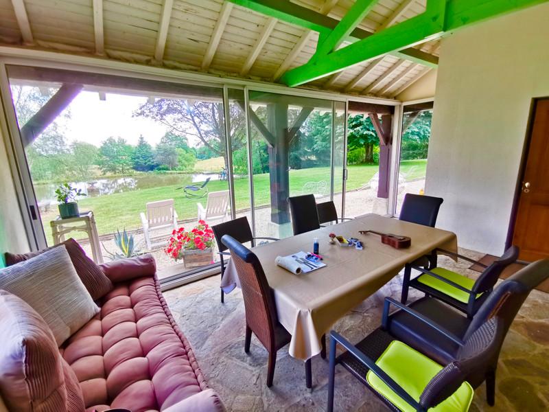 Maison à vendre à La Roche-l'Abeille, Haute-Vienne - 264 000 € - photo 6