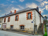 French property, houses and homes for sale inGiatPuy-de-Dôme Auvergne