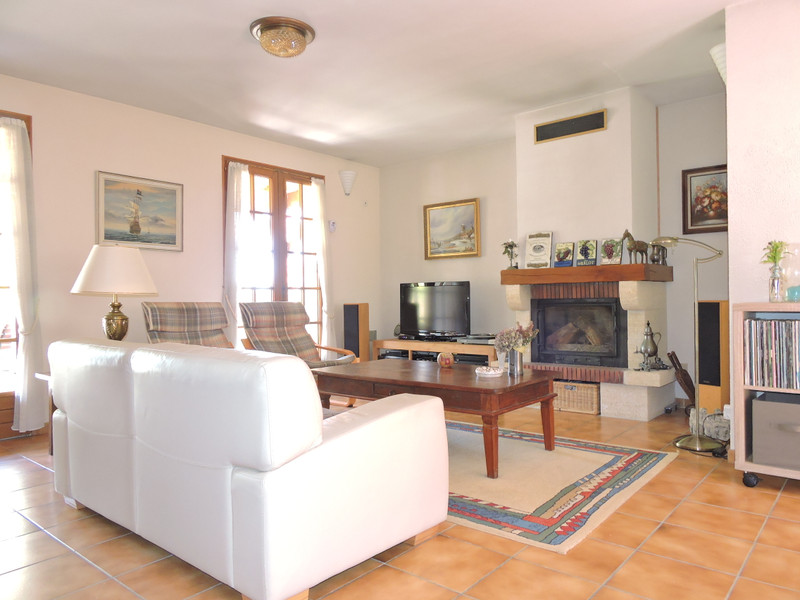French property for sale in Fossemagne, Dordogne - €256,800 - photo 4