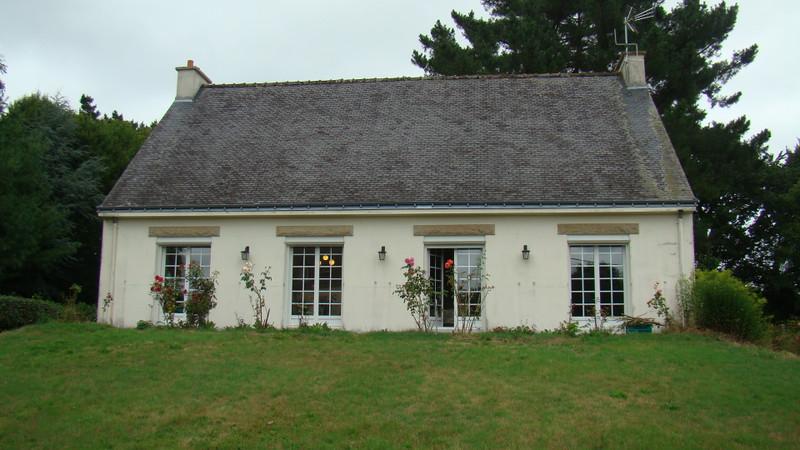 French property for sale in Saint-Tugdual, Morbihan - €106,000 - photo 2