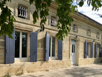 French property, houses and homes for sale inCivrac-de-BlayeGironde Aquitaine