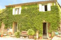 Maison de caractère de 3 chambres, dans un endroit calme avec jardin, parking et vues magnifiques.