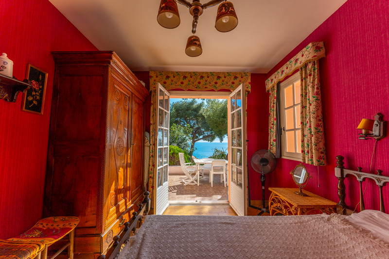 French property for sale in Èze, Alpes Maritimes - €1,180,000 - photo 5