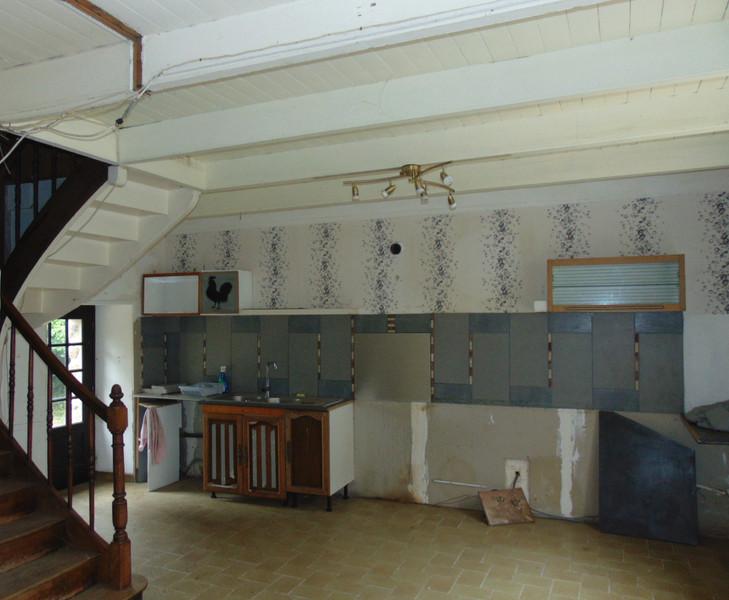 French property for sale in Saint-Gilles-Pligeaux, Côtes-d'Armor - €68,600 - photo 5