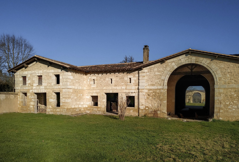 French property for sale in Pompignac, Gironde - €3,990,000 - photo 11