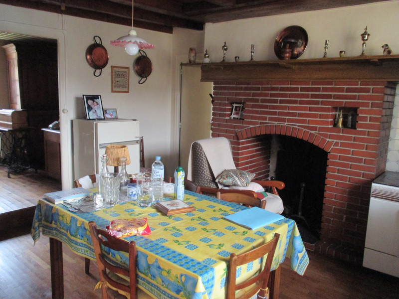 French property for sale in Vayres, Haute-Vienne - €71,600 - photo 2