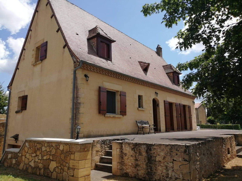 French property for sale in Lalinde, Dordogne - €249,500 - photo 3