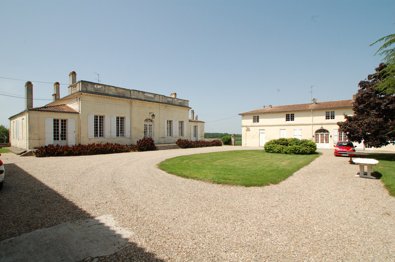 French property for sale in Fours, Gironde - €1,575,000 - photo 6