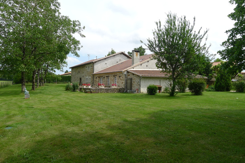 French property for sale in Saint-Sornin, Charente - €315,650 - photo 9