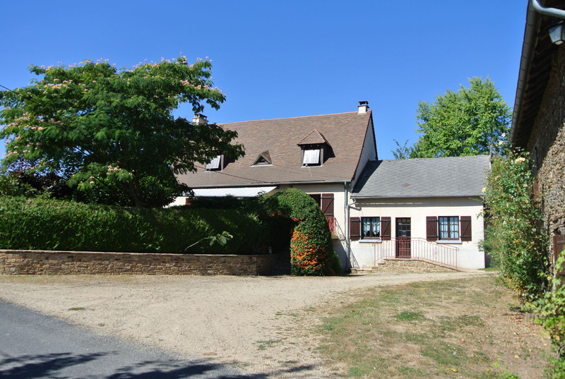 French property for sale in Jumilhac-le-Grand, Dordogne - €636,000 - photo 3