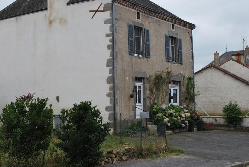 Maison à vendre à Azat-le-Ris, Haute-Vienne - 114 450 € - photo 2