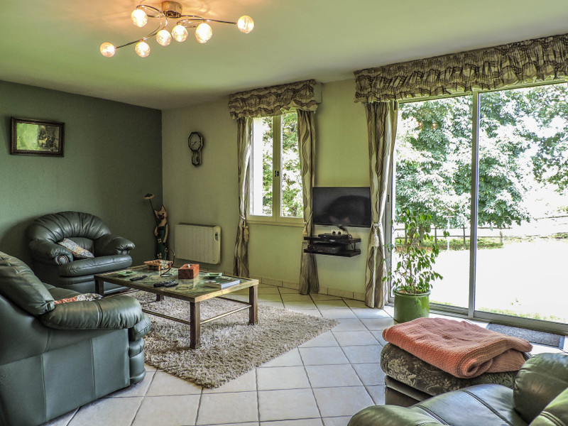 French property for sale in Pressac, Vienne - €219,350 - photo 5