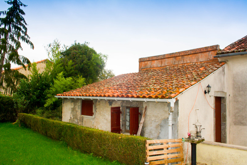French property for sale in Le Dorat, Haute-Vienne - €69,600 - photo 8