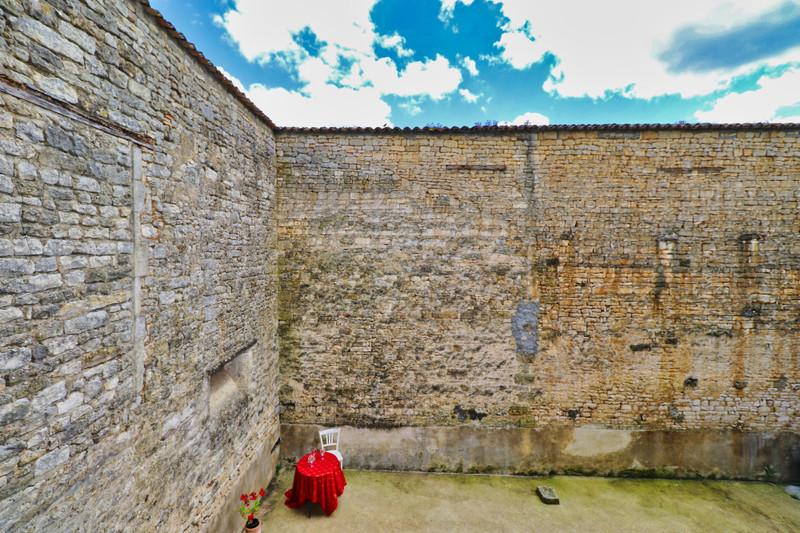 French property for sale in Sauzé-Vaussais, Deux-Sèvres - €51,600 - photo 6