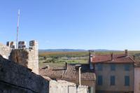 Charmante maison de village en Provence avec 3 chambres, cuisine, salle à manger, salon, 2 salles d'eau.