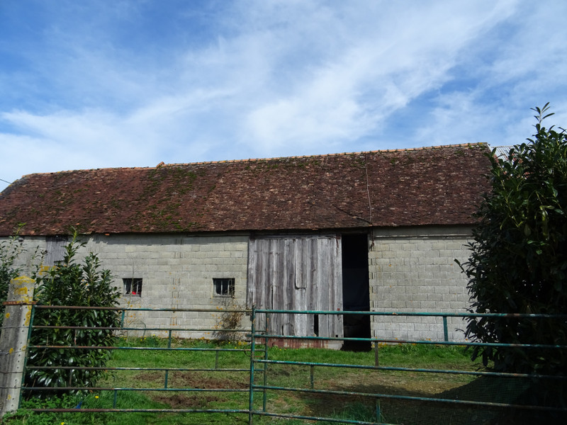 French property for sale in Briouze, Orne - €36,000 - photo 2