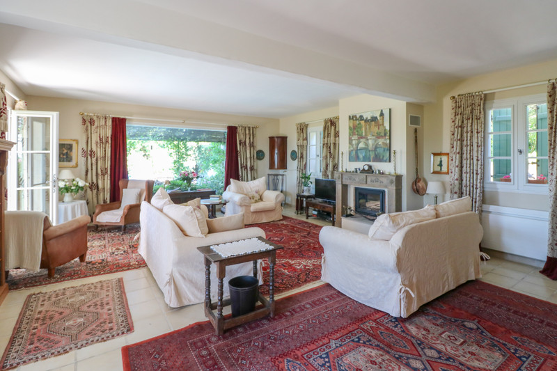 French property for sale in Seillans, Var - €1,200,000 - photo 4