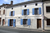 houses and homes for sale inMontboyerCharente Poitou_Charentes