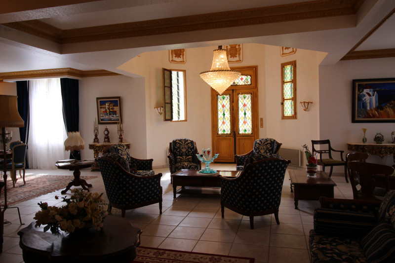 French property for sale in Liorac-sur-Louyre, Dordogne - €850,000 - photo 2