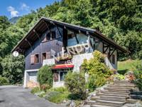 French ski chalets, properties in Verchaix, Morillon, Le Grand Massif