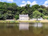 maison à vendre à Ploëzal, Côtes-d'Armor, Bretagne, avec Leggett Immobilier