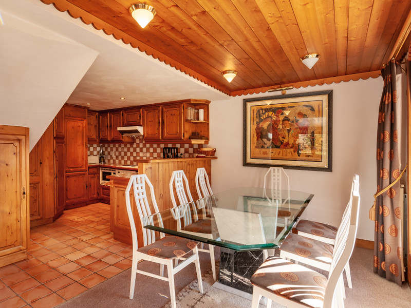 French property for sale in Les Allues, Savoie - €850,000 - photo 4
